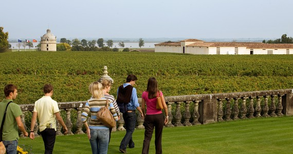 Bordeaux winery tour © Deepix