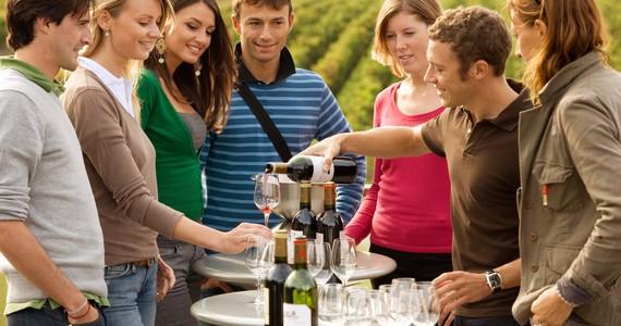 Bordeaux Wine Tour © Deepix
