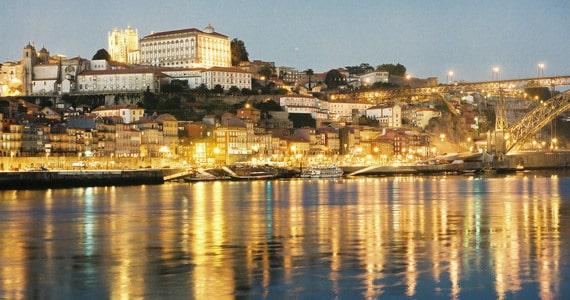 Port tasting in Porto- Credits Adeturn