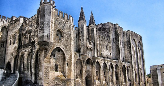 Avignon Wine Tour - Palais-des-Papes