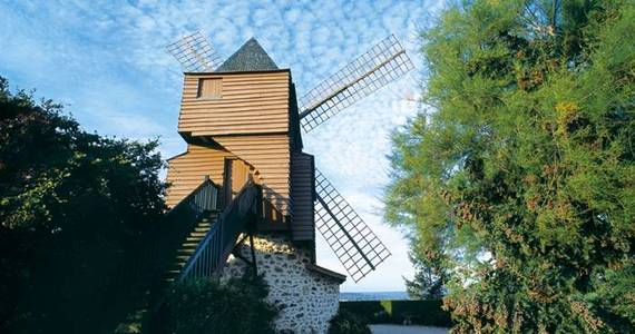Champagne Battlefields Tour - Mumm Moulin 2