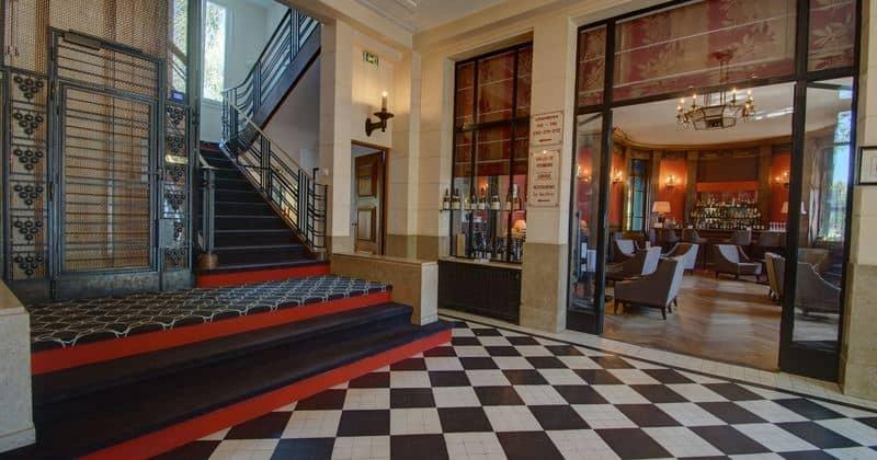 credits Hotel de la Poste