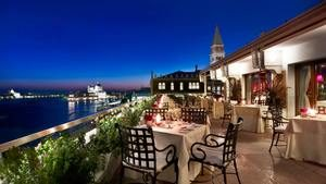 Hotel Danieli Restaurant Terrace- website