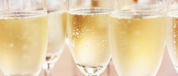 champagne-tours-shutterstock_282775499