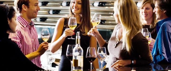 Wine Tasting Team Building- Credits Deepix and CIVB