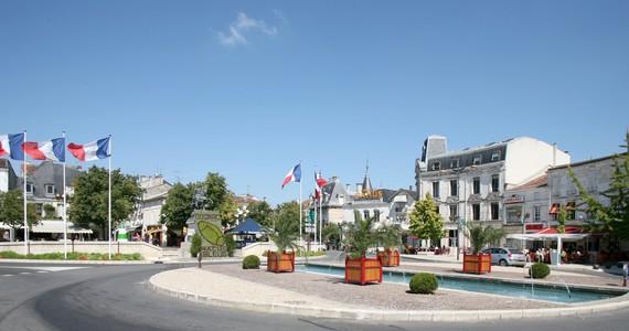 Cognac tour - Cognac_ville - 1938@Crédits LAVAL Sébastien Charente Tourisme
