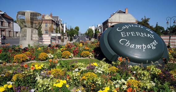Paris and Champagne Tour Avenue de Champagne_©C. Manquillet