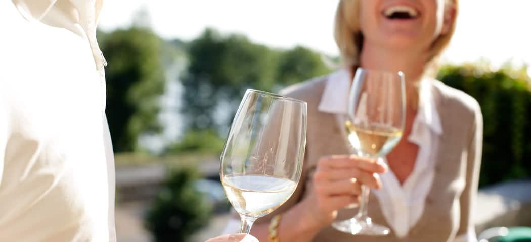 Group wine tasting - Credits Stevens Fremont