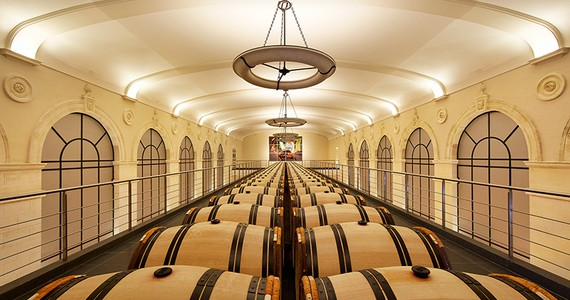 wine tasting in France - credits Chateau Pavie